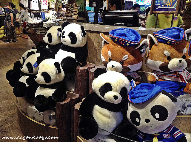 Souvenir Shop at Ocean Park Hong Kong