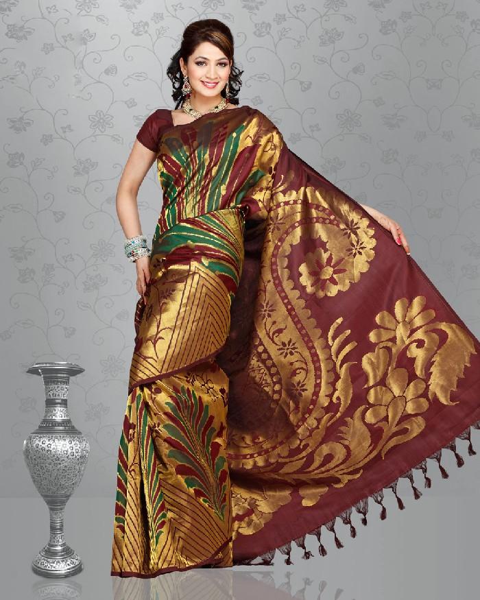 Saree World: Wedding Saree Collection 2013-2014