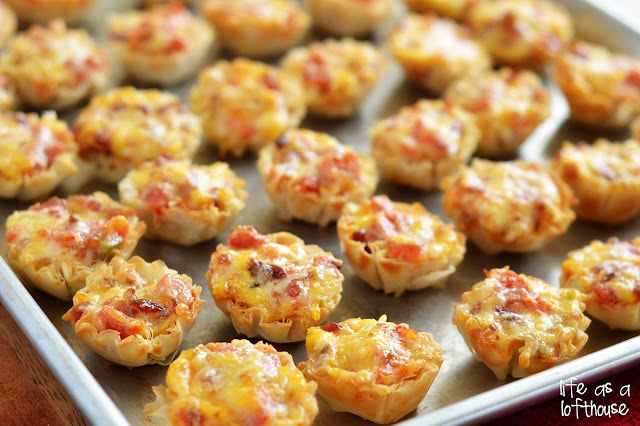 Cheesy Bacon Rotel Cups are cheese, bacon, diced tomatoes and green chilies stuffed into tiny pastry cups then baked to perfection. Life-in-the-Lofthouse.com