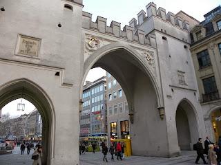 Karlstor de Munich
