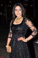 Sakshi Agarwal looks stunning in all black gown at 64th Jio Filmfare Awards South ~  Exclusive 033.JPG