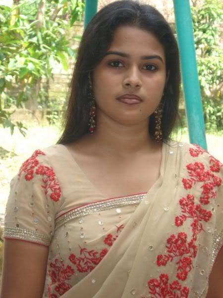 Bangla desi dhaka hostel girls hidden cam in toilet hq - 4 1