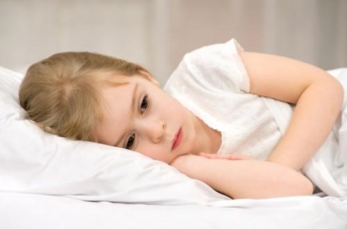 Do đâu mà trẻ em bị mắc viêm amidan?