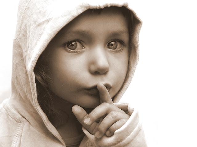 Resultado de imagem para Do silêncio que nasce tudo aquilo