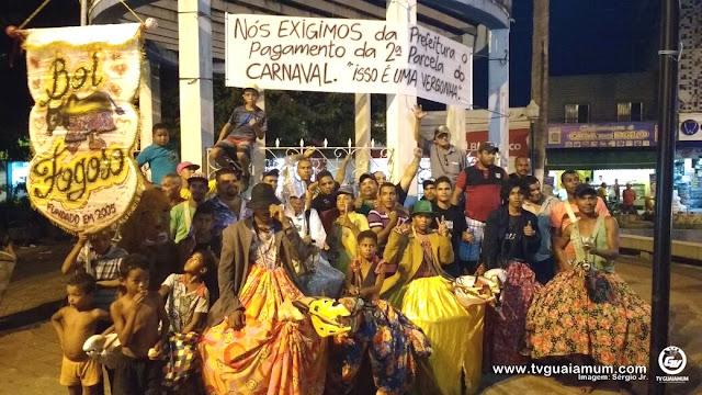 Goiana comemora 446 anos com festa e protestos