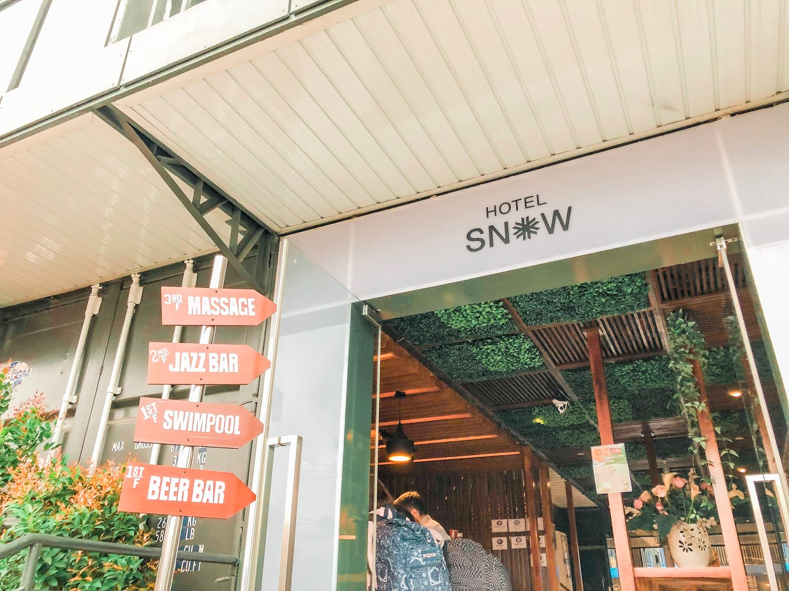 Staycation Series: Hotel Snow Angeles