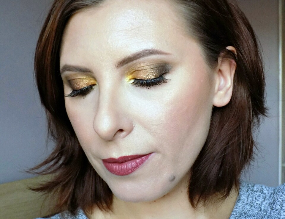 Makeup look created with Zoeva Blanc Fusion palette