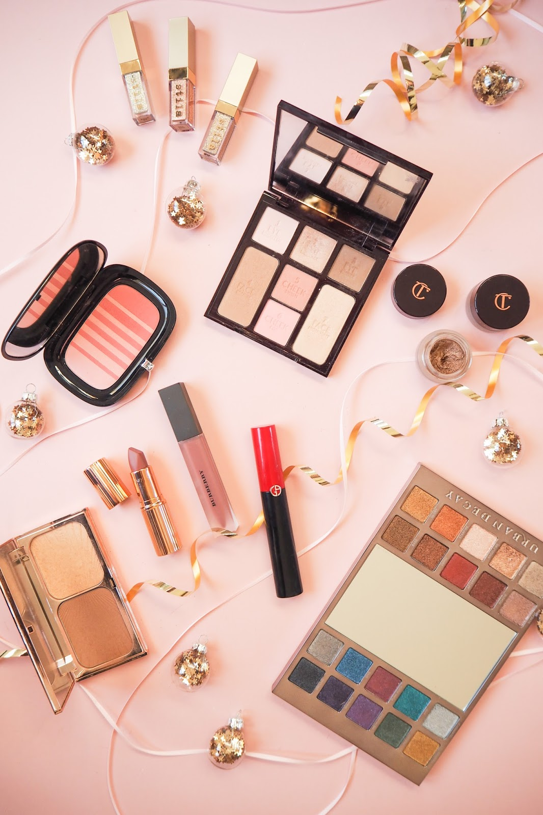 What to buy someone who loves makeup for Christmas