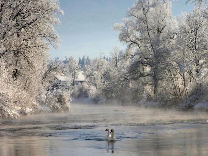 göl manzaralı kış resimleri