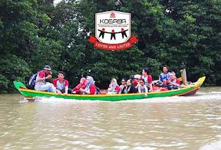 KOSAGA berperahu di Muara Blacan Muaragembong Bekasi Laut Jawa