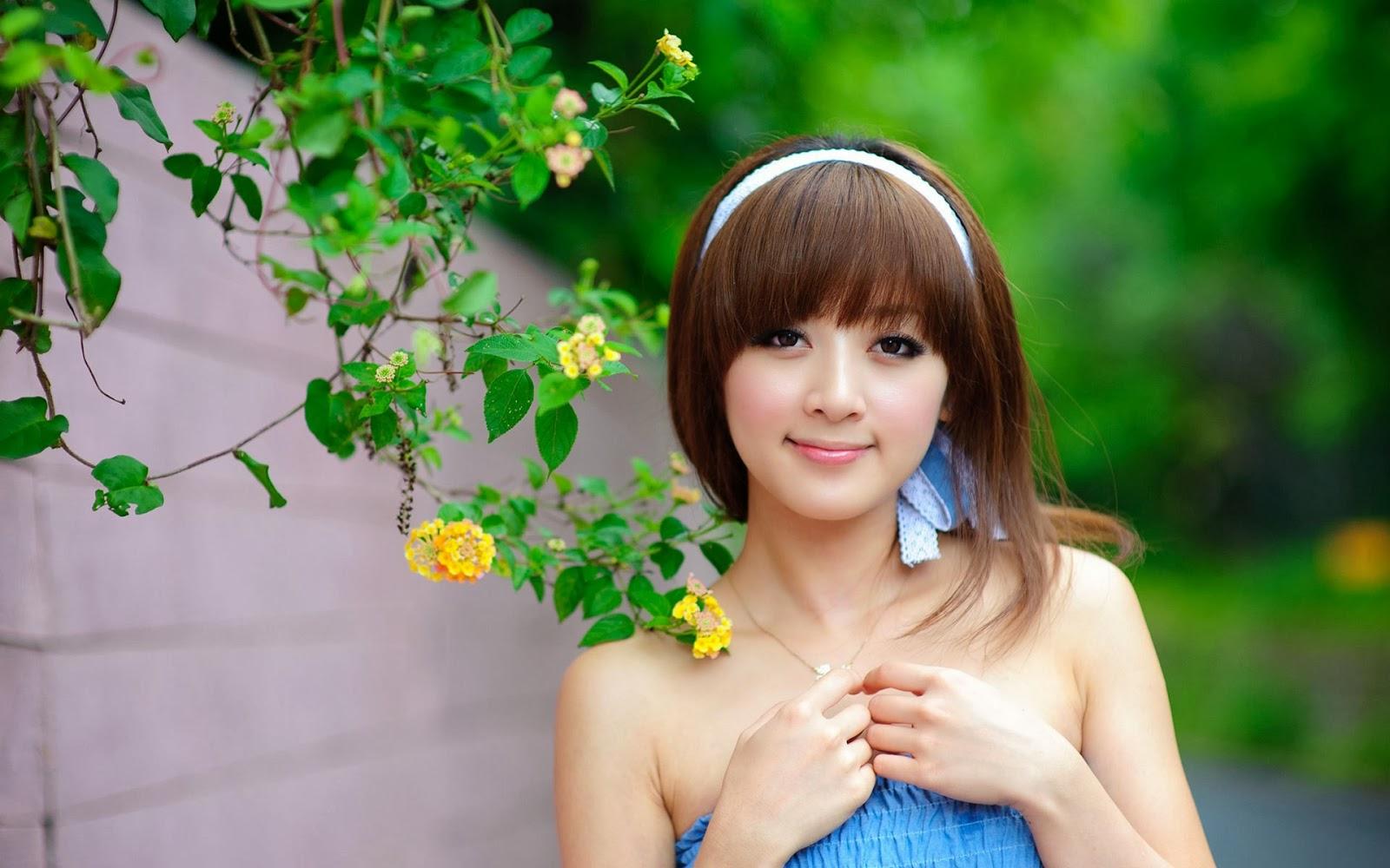 Fondos De Pantalla De Famosos: Fondo De Pantalla Famosas Asiática Vestido Azul