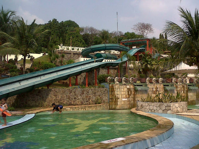 foto jatiluhur water world