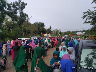 IMG 20171126 112219 - Diantar Ribuan Pendukungnya, Umi-Mahrudin Mendaftar di KPU Tarakan