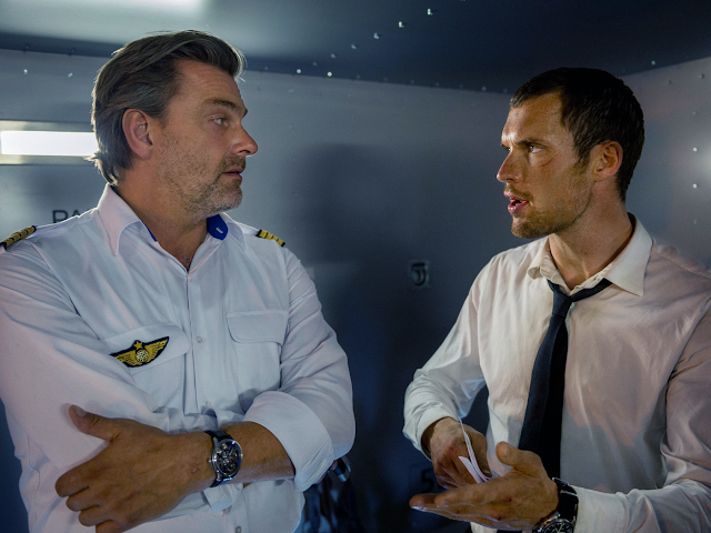 Ray Stevenson şi Ed Skrein în The Transporter Refueled
