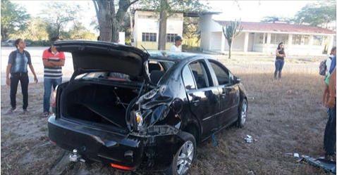 Homem embriagado provoca acidente com 7 dentro do carro em Ouro Branco