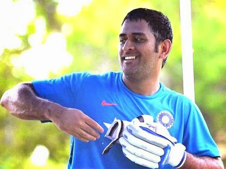 Mahendra Singh Dhoni, M S Dhoni, World cup 2015, ICC world cup 2015, india vs uae, dhoni injured
