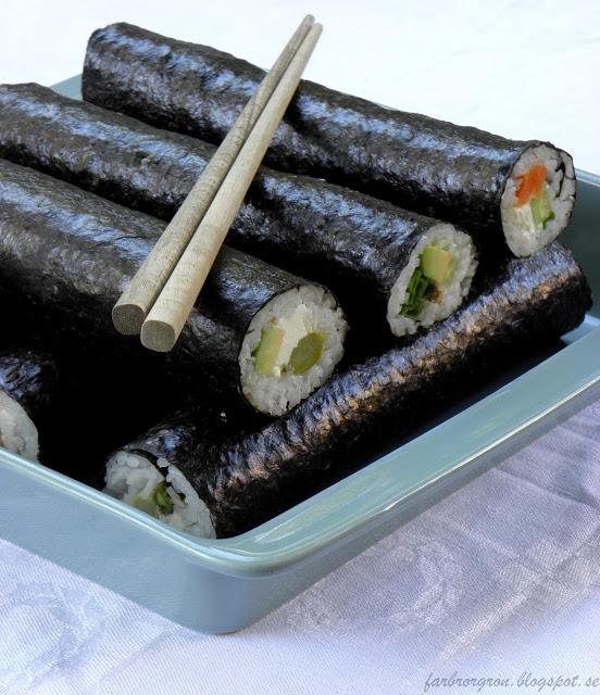 http://farbrorgronrecept.blogspot.se/2012/03/vegetarisk-sushi.html