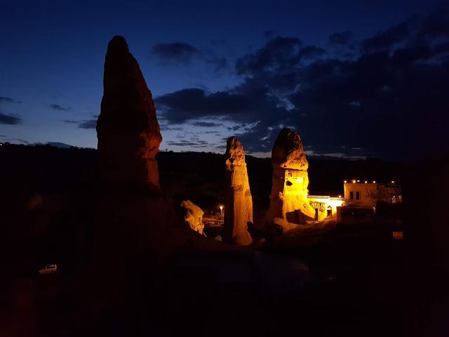 Alba sui camini delle fate, Goreme-Cappadocia