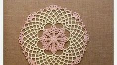 Carpetas circulares tejidas con ganchillo con esquema