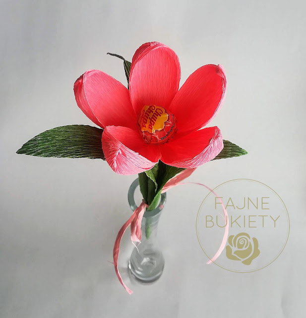 Kwiat z lizakiem