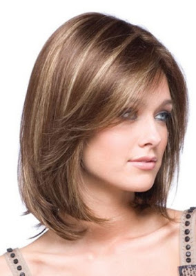 Model Rambut Pendek Wanita Sebahu