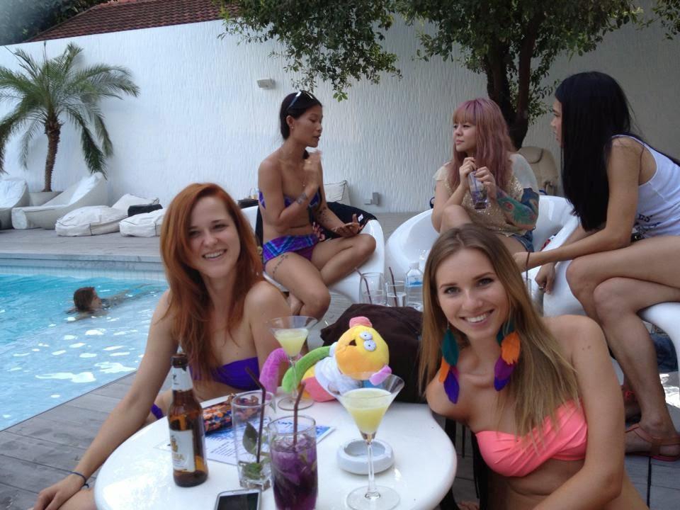 Plavky, dámské plavky, bikiny, bikini, bandeau plavky, růžové plavky, neonové plavky, růžové neonové plavky, růžové neon plavky, oranžové plavky, oranžové neonové plavky, oranžové neon plavky, plavky USA, plavky s americkou vlajkou, americká vlajka, bandeau růžové plavky, bandeau oranžové plavky, moderní plavky, plavky 2014, plavky 2015, moderní plavky, modré plavky, modré bandeau plavky, černé plavky, černé bandeau plavky, plavky na malá prsa, push up plavky, pushup plavky, bílé plavky, bílé bandeau plavky, kytičkované plavky, kytičkované bandeau plavky, žluté plavky, neonové plavky, žluté zářivé plavky, žluté neonové plavky, proužkované plavky, funky plavky, růžové plavky, VS plavky, plavky Victoria Secret, levné plavky, výprodej plavek, tyrkysové plavky, zebrované plavky, mixované plavky, levný eshop, eshop s poštovným zdarma, moderní dámské oblečení