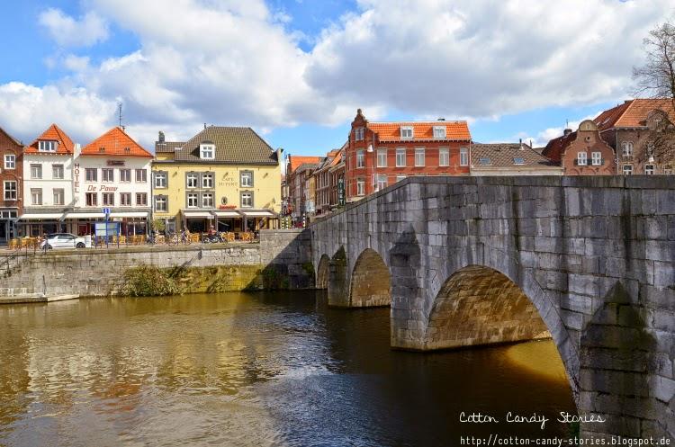 Blick von der Roerkade auf die Steinen Brücke in Roermond