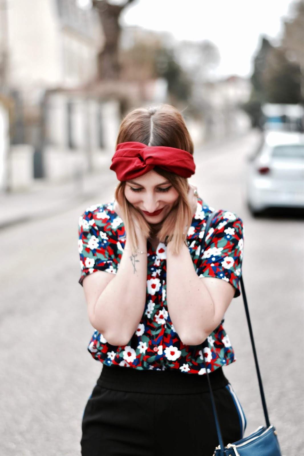 comment porter un bandeau rouge ?