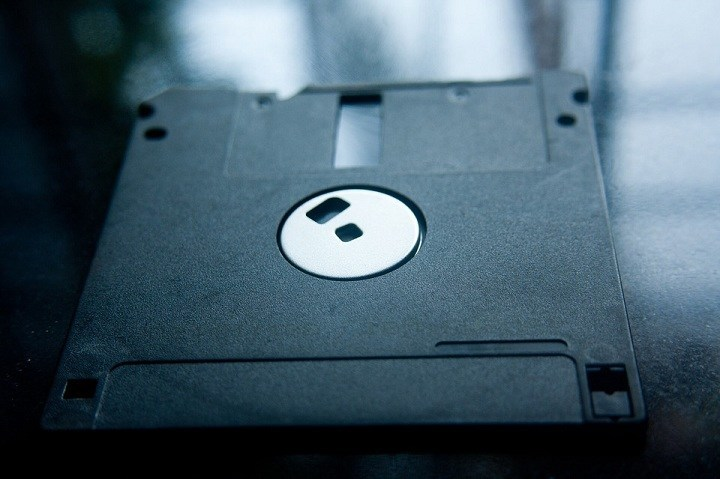 media penyimpanan data jaman dulu