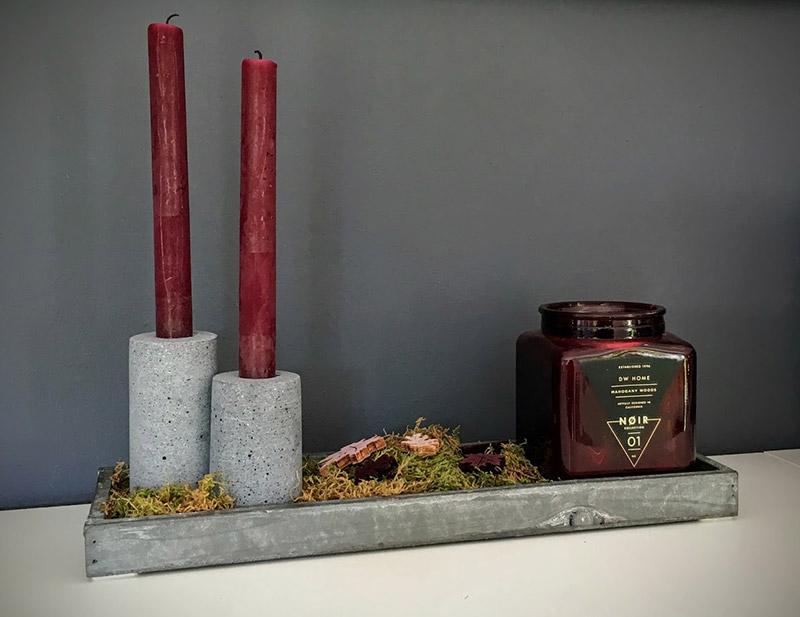 herbstdeko 2016 depot stabkerzen ohne duft beton kerzenhalter moos dw home duftkerze im glas privat graues holztablett herbst staatsexamen