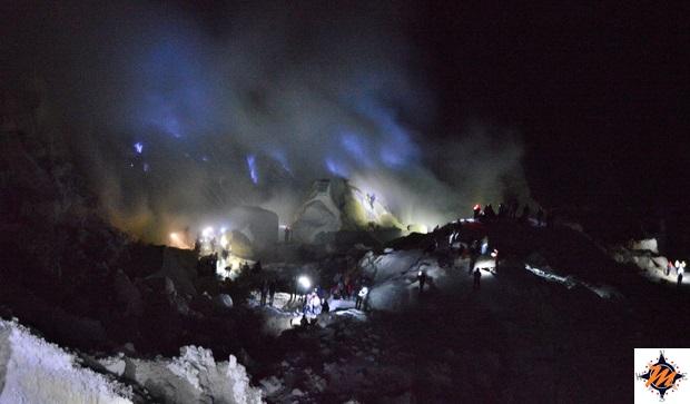 Kawah Ijen, blue fire