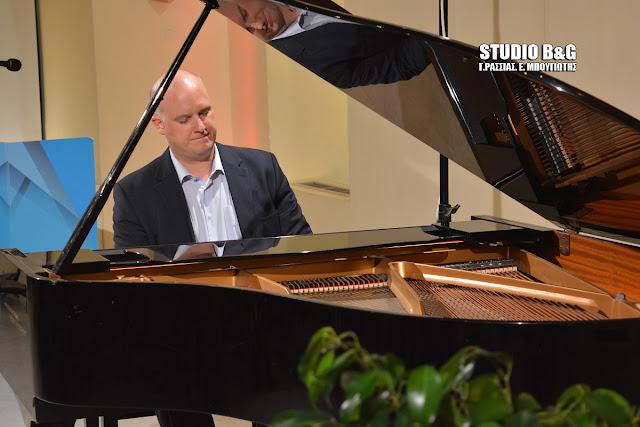 Με ρεσιτάλ πιάνου από τον δεξιοτέχνη Jean Muller συνεχίστηκε το 27ο Μουσικό Φεστιβάλ Ναυπλίου