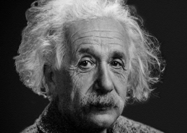 """La """"Lettera su Dio"""" di Albert Einstein pagata milioni di dollari all'asta."""