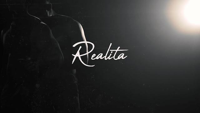 Menghindari Realita