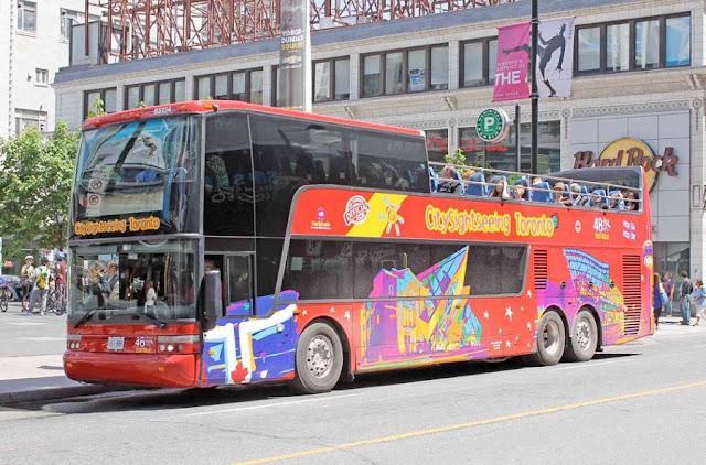 Tour de ônibus em Toronto