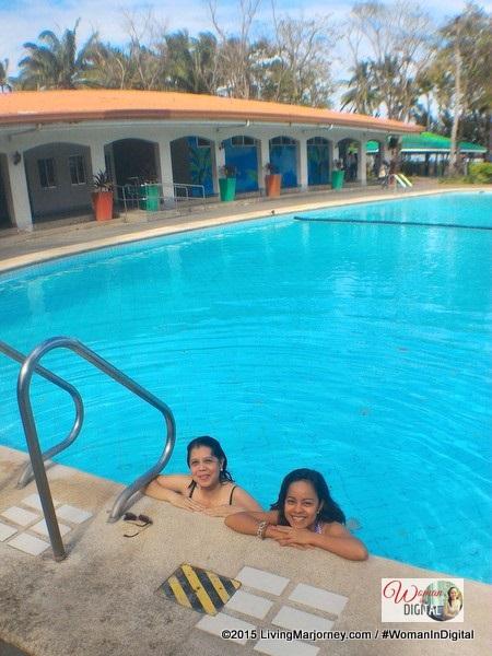 Island Cove 4 feet pool