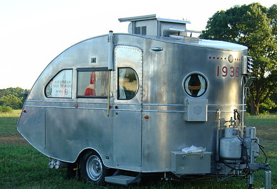 just a car guy 1935 airstream torpedo the oldest existing airstream. Black Bedroom Furniture Sets. Home Design Ideas