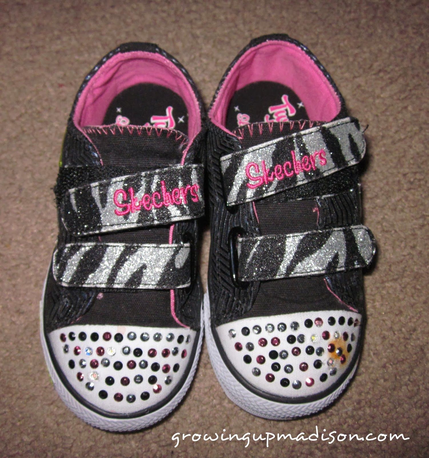 63ace4e14b1e My New Twinkle Toes features a toe cap design with lots of sparkles and  sequins. The entire shoe has sparkles throughout with a very cute chevron  design if ...