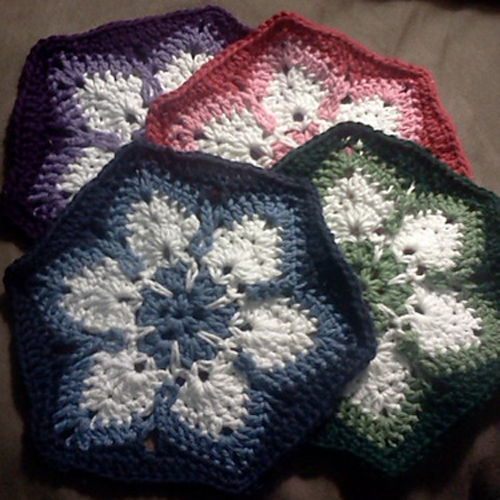 Starflower Hexagon - Free Pattern