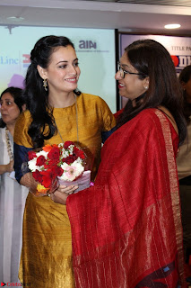 Dia Mirza Attends Power Women Seminar To Celete Womens Day 009.JPG