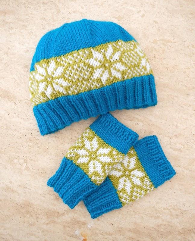 The Kat's Scratch Pad: 'Winter Star' Hat & Glove Set (Free