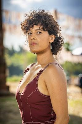 Maevi Jinkings vive Zenaide, irmã de Maria da Paz (Juliana Paes), em 'A Dona do Pedaço' — Foto: TV Globo/João Miguel Jr.