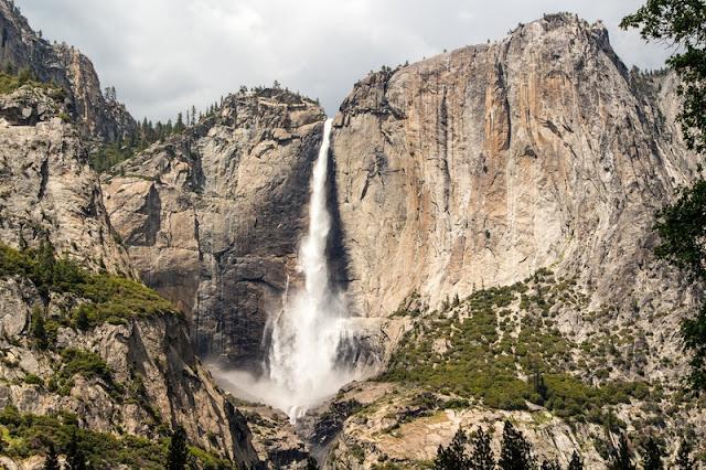 Yosemite Falls of Yosemite National Park