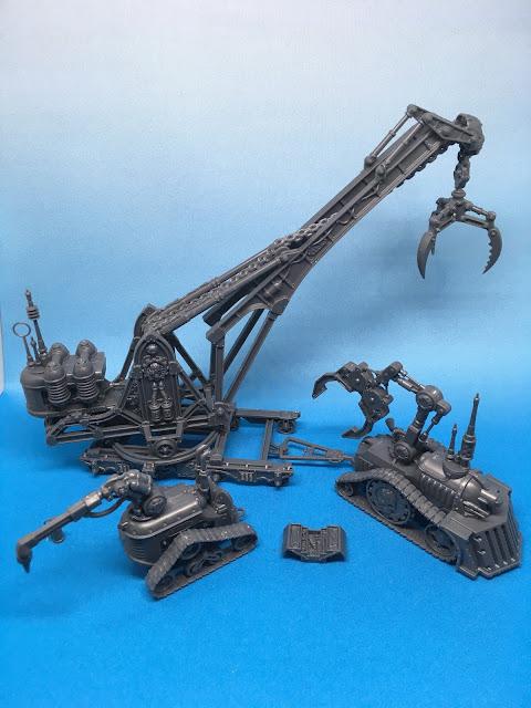 Sector Mechanicus Terrain Crane and Haulers