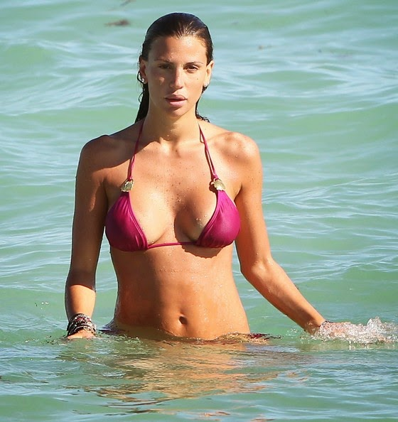 Claudia Galanti Hottest Bikini Body photos