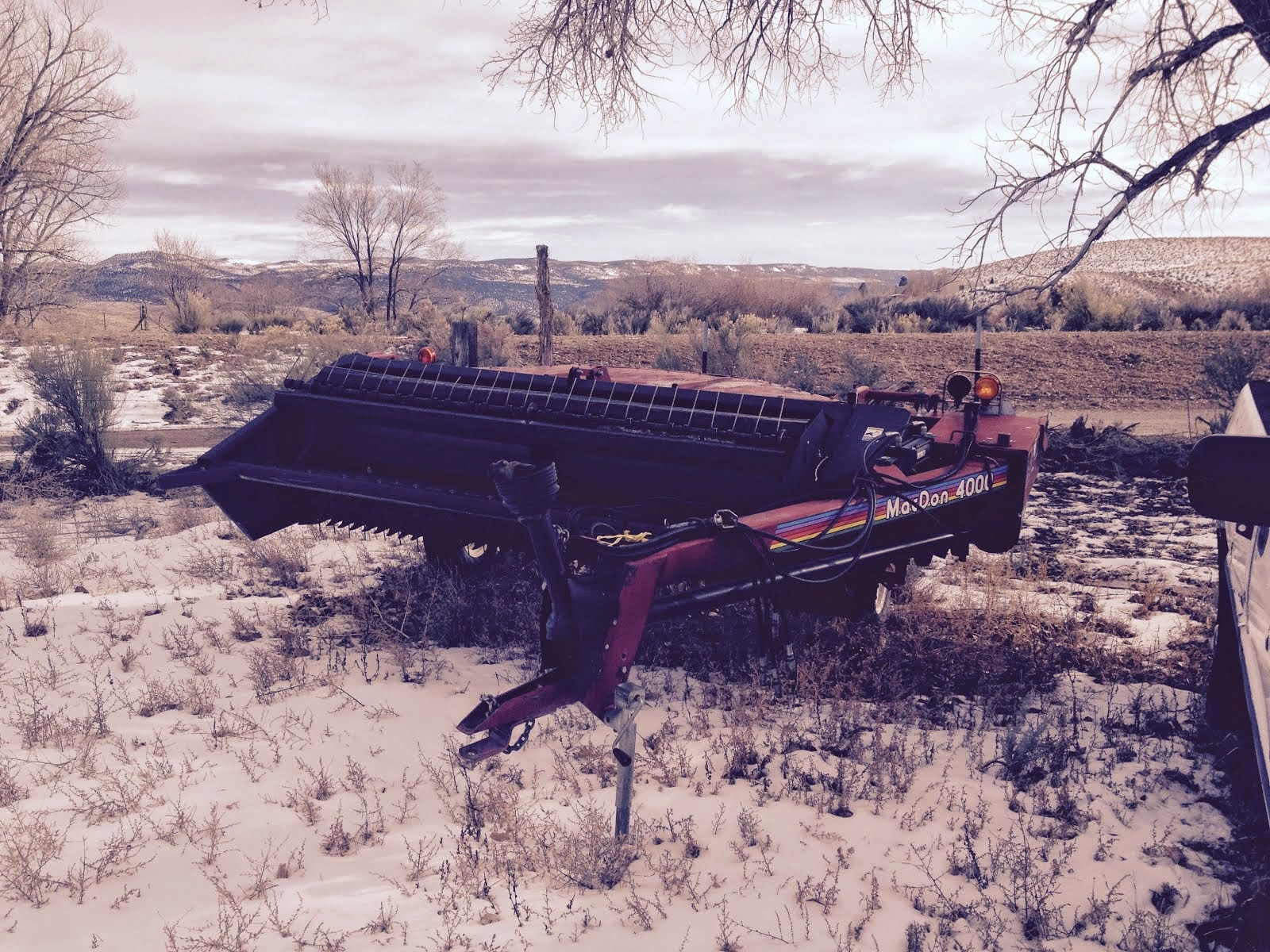 MD-Ag com: MacDon 4000 pull type swather