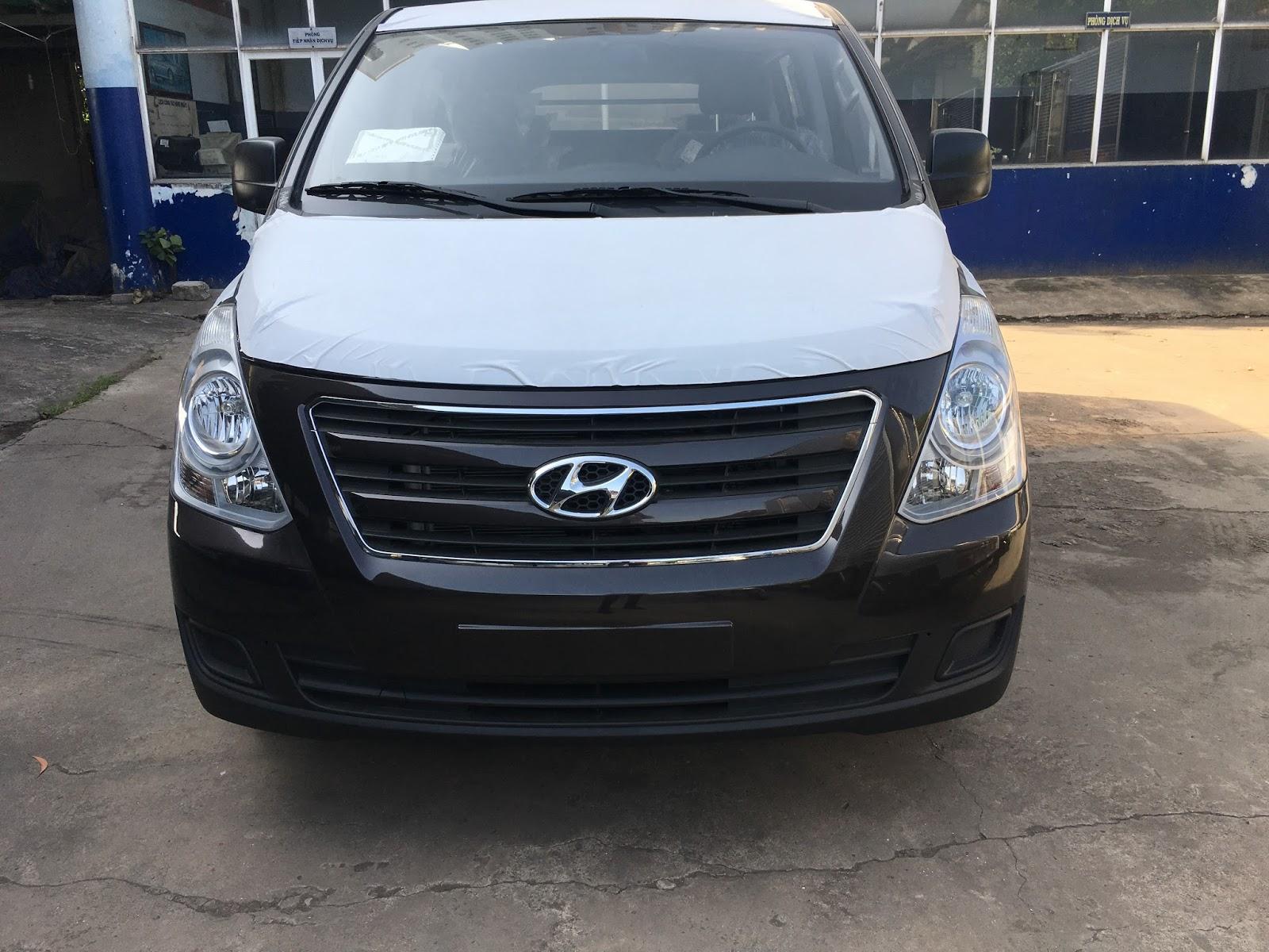 Hình ảnh Xe Tải Van Hyundai Starex H1 Bán Tải 6 Chỗ Màu Nâu