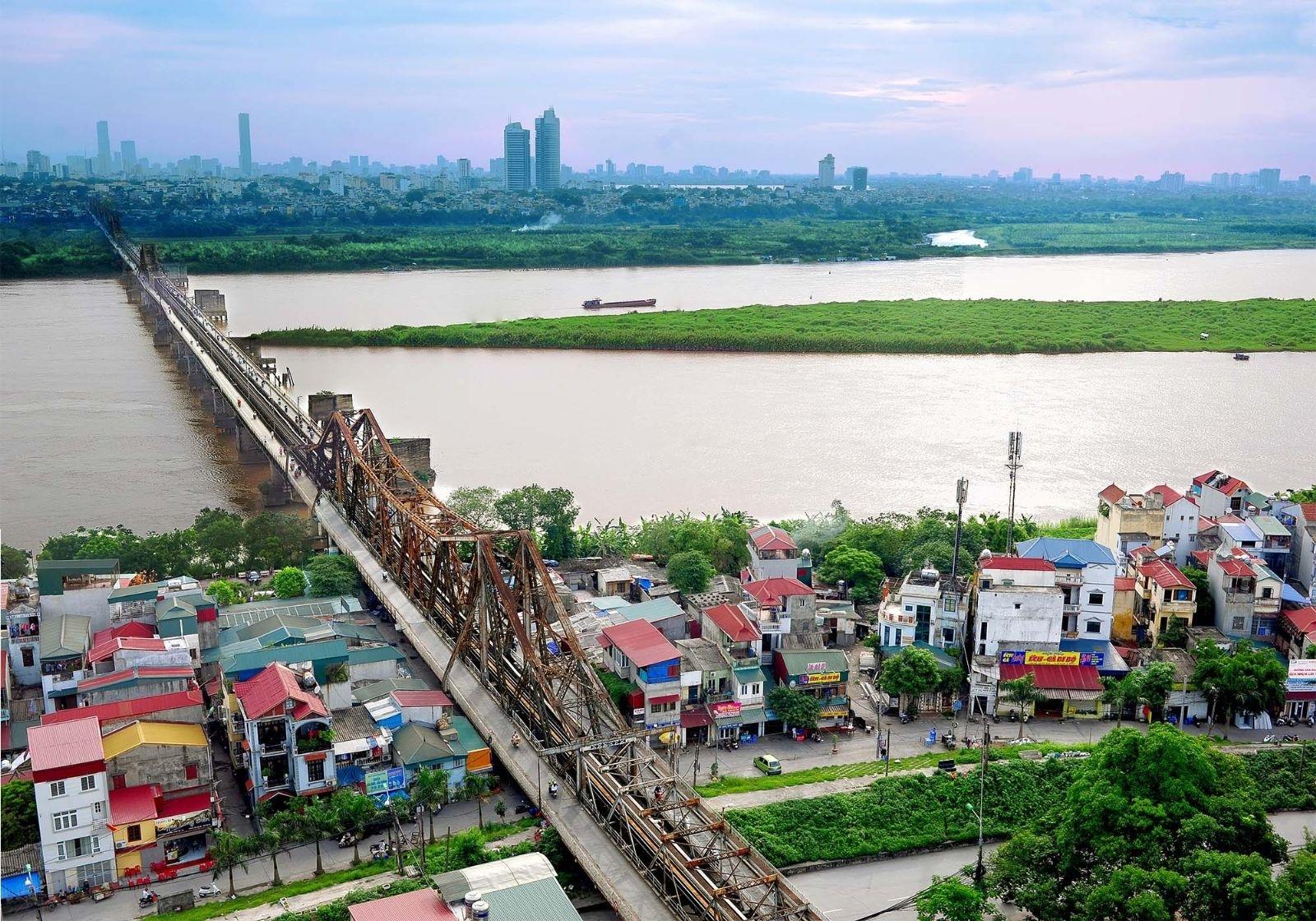 Long Biên là quận đáng sống hàng đầu hiện nay.