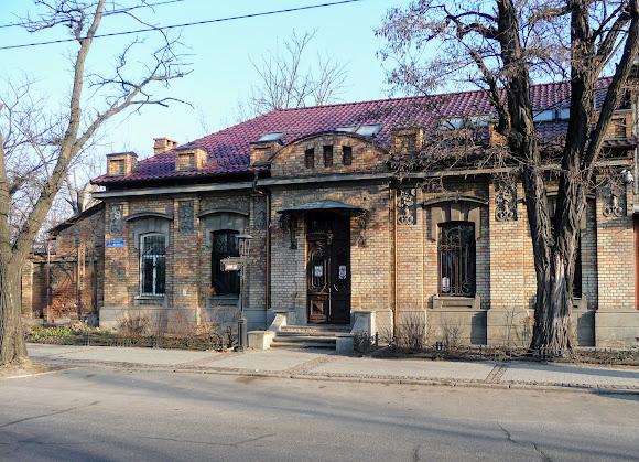 Николаев. Бывший купеческий дом на Центральном проспекте