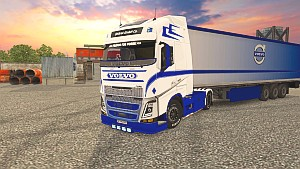 Volvo 2013 Blue and White pack